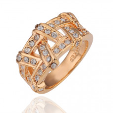 Size 6 Ashbury Metal 18K Yellow Gold Plated Rhinestone Crystal Ring