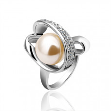 Size 7 Ashbury Metal 18K White Gold Plated Pearl Rhinestone Ladys Ring