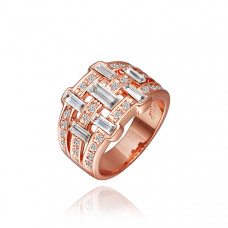 Size 8 Ashbury Metal 18K Rose Gold Plated Made with Swarovski Ring